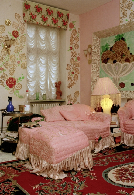 Zuckerpuppe; Stefan und Juwelia, Wohnzimmer